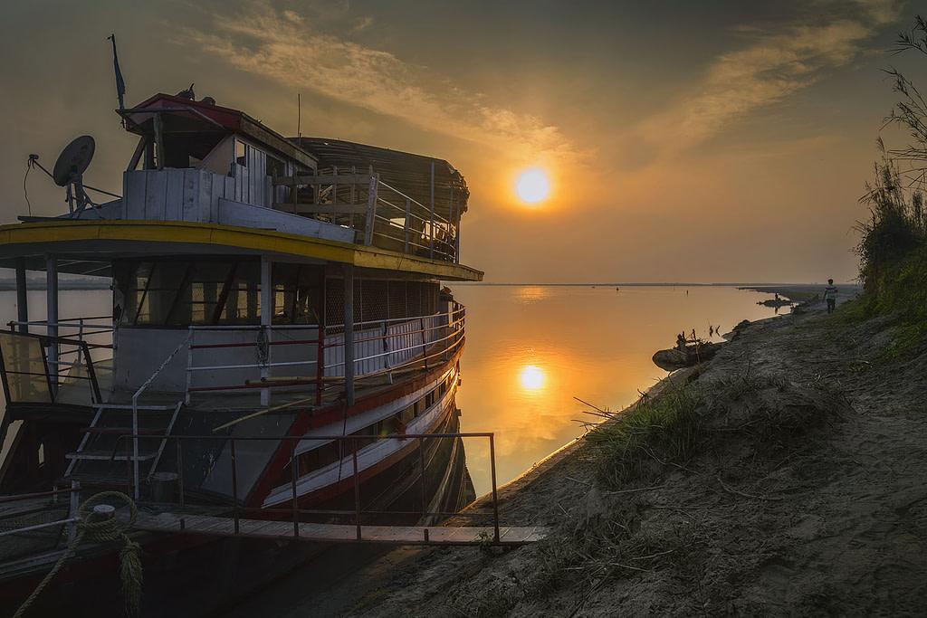 Dibrusaikhowa National Park, Boat Safari, House Boat stay, Assam National Park